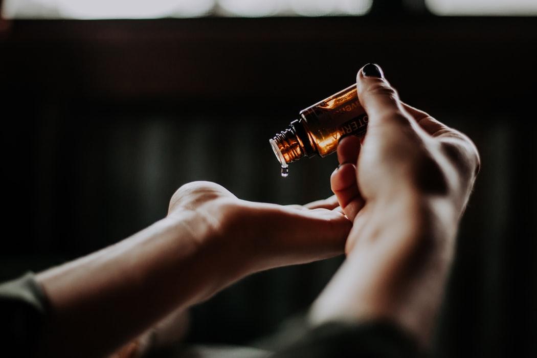 CBD-olja i hudvård